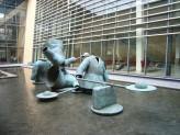 Skulpturgruppe Billedhugger Ole Broagers udsmykningsopgave til Medicinerhuset i Aalborg 2006. Foto: Eva Öhrling